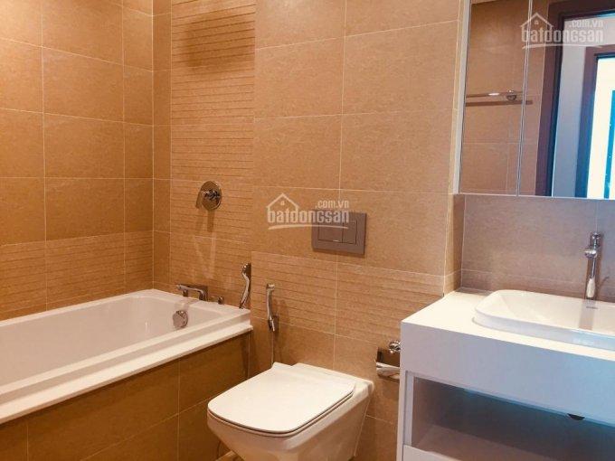 3-bedroom-apartment-for-rent-vinomes-metropolis-lieu-giai-kim-ma